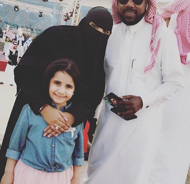 سناب نادر زوج سعاد جابر الرسمي الموقع المثالي