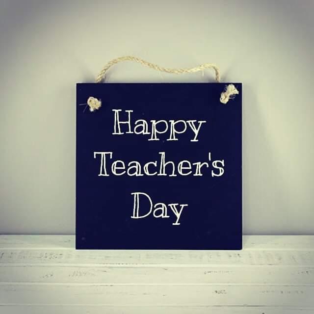 اجمل الصور عن يوم المعلم صور خلفيات عن عيد المعلم الموقع المثالي